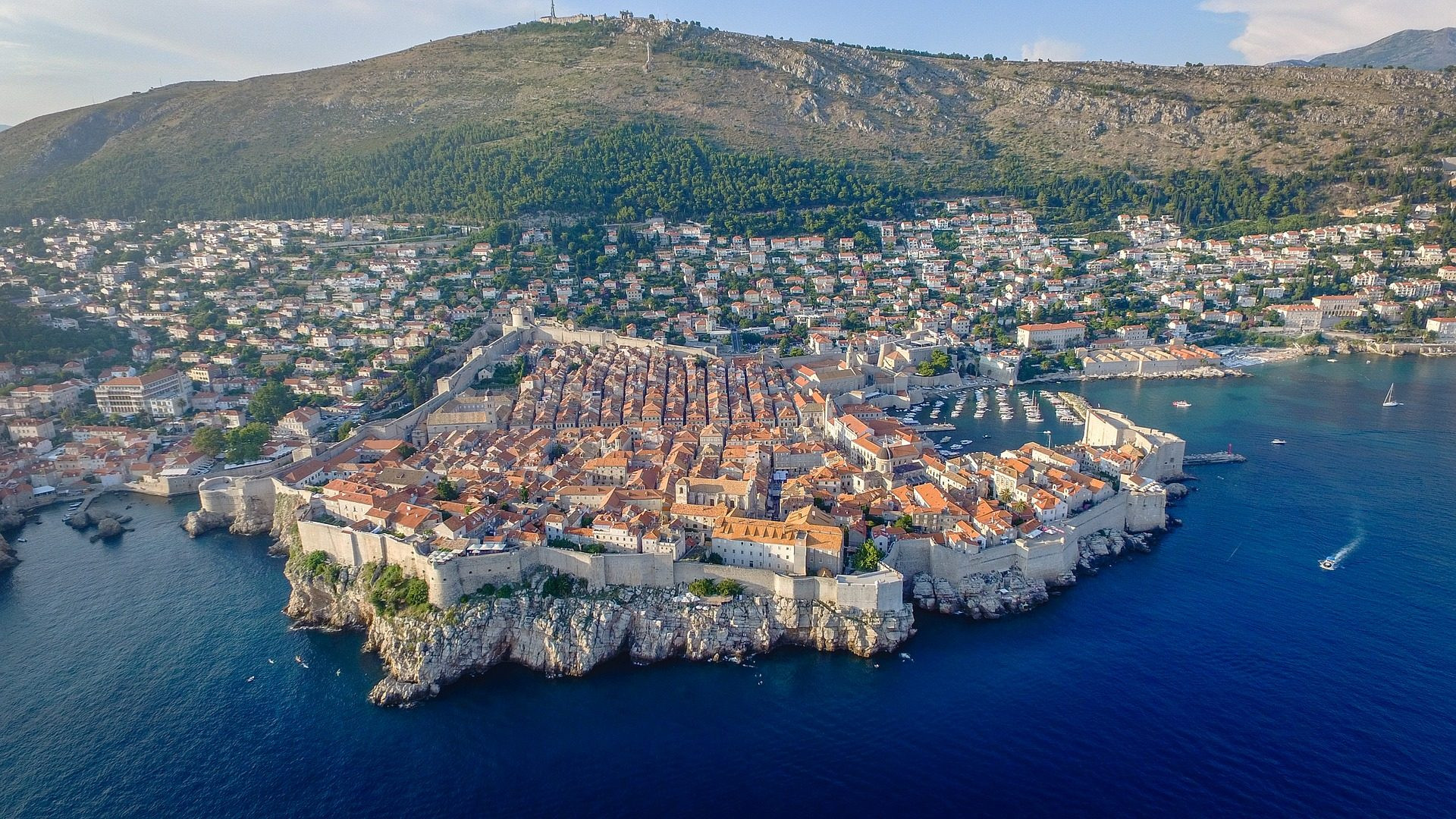 dubrovnik city walls unesco site