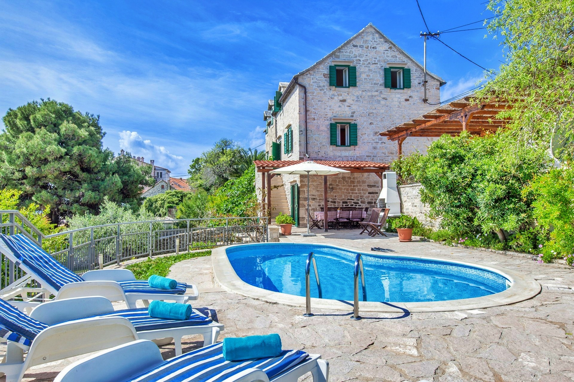 Classic Villas with Pools