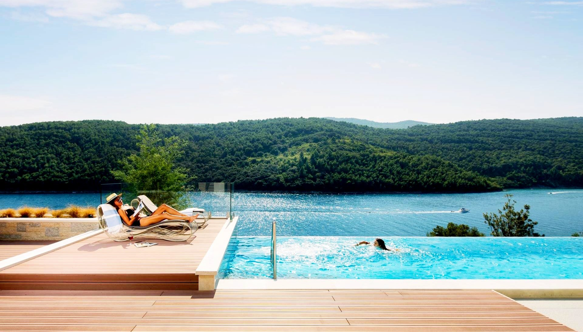 Croatian villa with pool