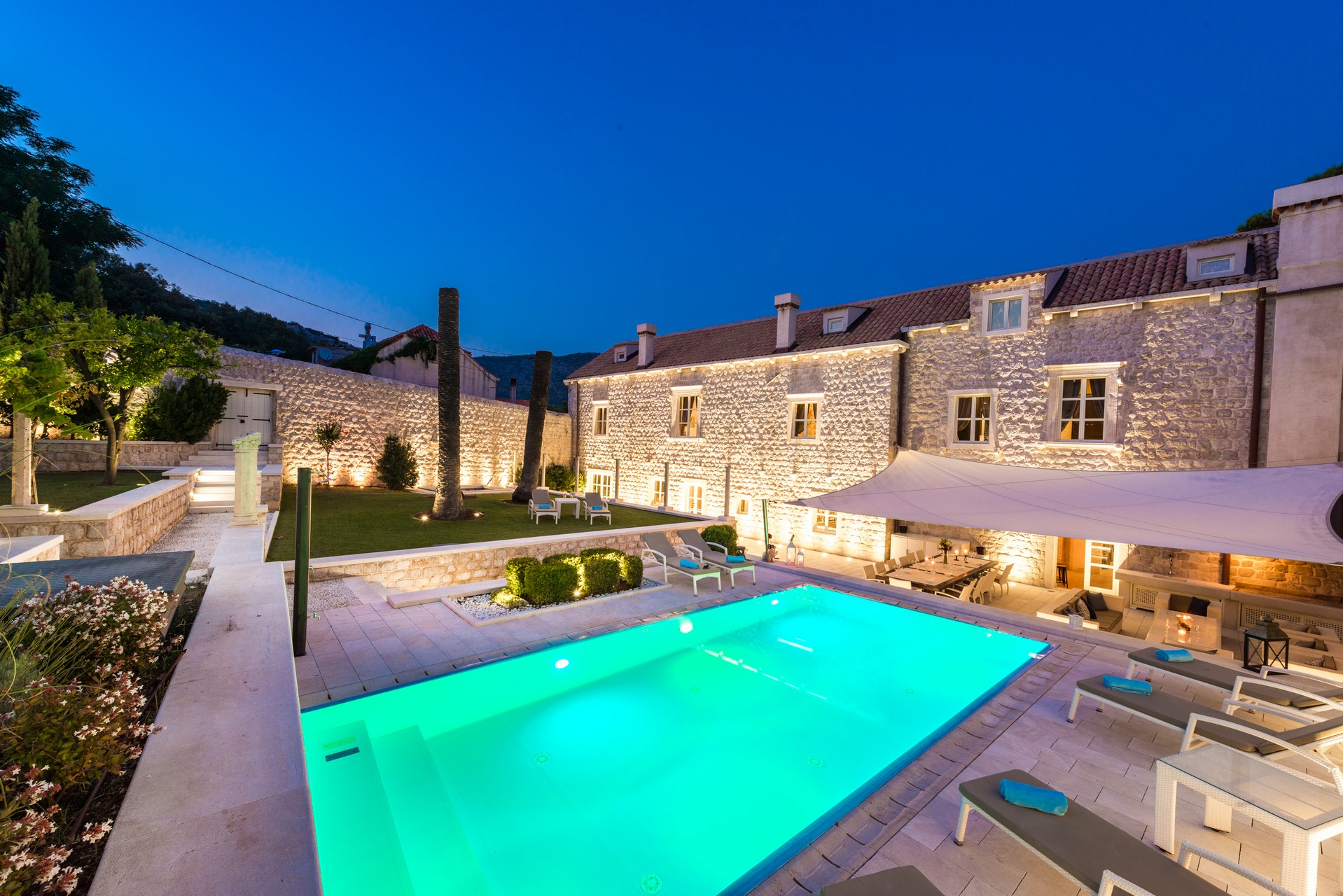 villas in hvar croatia